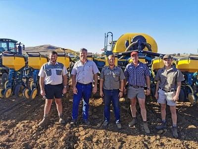 Paul de Wet te Kestell is gereed vir #2019 plant seisoen. 🌱🌽 🚜